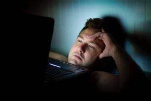 Que crée le manque de sommeil ?